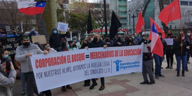 marcha liceo camilo henriquez plaza